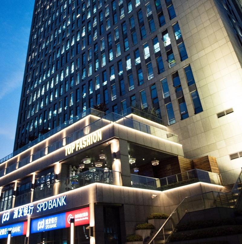 上海TOP FASHION型影秀场