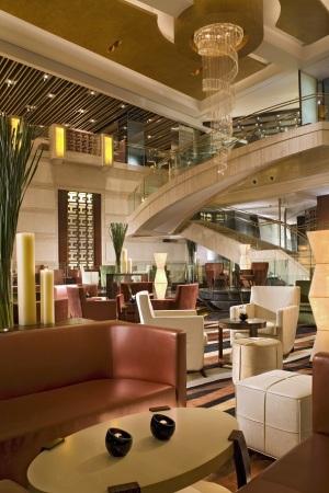 上海宏安瑞士大酒店会议场地-大堂吧
