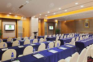 会议厅-课桌