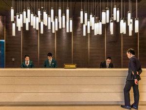 上海长荣桂冠酒店会议场地-大堂