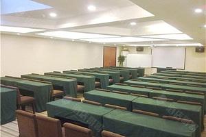 多功能厅-课桌布置