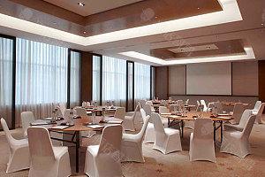 会议室:圆桌布置