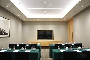 50平会议室-课桌式