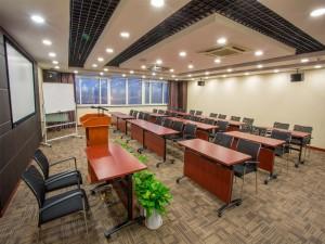 时钟教室(上海徐汇虹梅中心)会议场地-