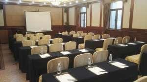 上海金门大酒店会议场地-课桌型