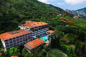 酒店外观及周边环境